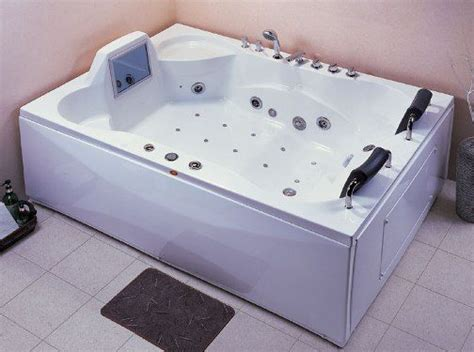 bathtubs with jets wasauna the charleston bathtub with inline heater 2