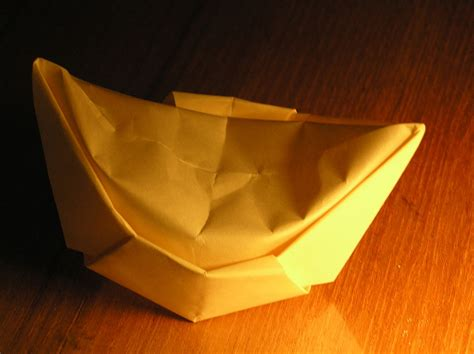 Accordion Paper Folding - paper folding wikimedia commons
