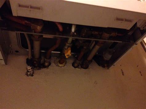 rubinetto acqua caldaia dove si trova rubinetto pressione caldaia vaillant