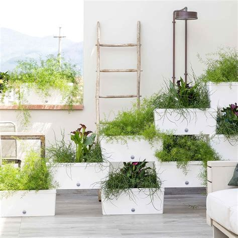 fioriere per terrazzo arredare il terrazzo a marzo le fioriere componibili