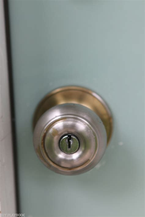 Replacing Door Knobs With New Ones by How To Replace Your Door Knob And Lock For Better Curb Appeal