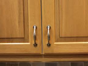 Handles On Kitchen Cabinets by Kitchen Cabinet Handles Pictures Options Tips Amp Ideas