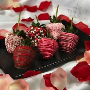 pretty chocolate covered strawberries valentines day