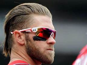 Galerry Bryce Harper likes smooth and simple hairstyles This sided haircut