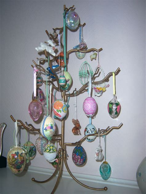 easter egg tree martha stewart easter tree putting it all on the table