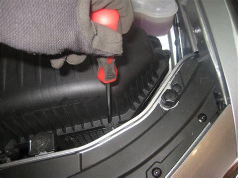 Chrysler 300 Headlight Bulb by Chrysler 300 Headlight Bulbs Replacement Guide 058