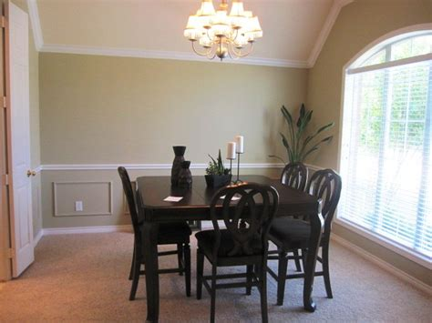 home staging staged then re staged a dining room s