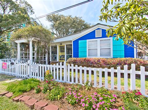cottage rentals blue crab cottage tybee island vacation rentals
