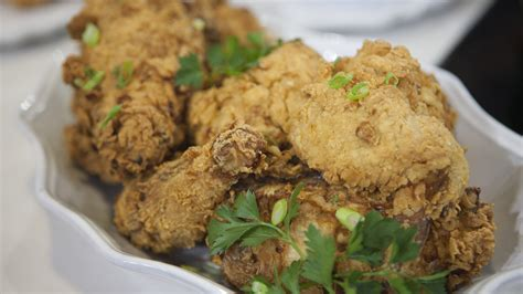 john besh fried chicken here s the trick to chef john besh s crispy juicy fried