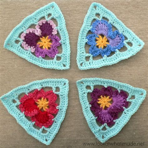 pattern for granny triangle crochet pattern triangle manet for