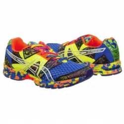 multi colored tennis shoes new nib mens asics multi color gel noosa tri 8 running
