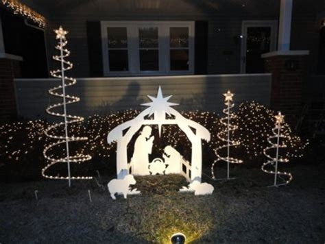 Nativity Outdoor Decorations by 15 Creative Decorations Ideas Will Make Your