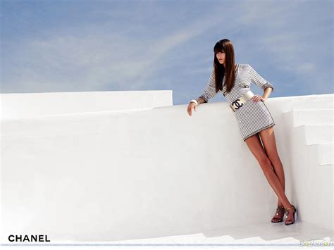 Free Fashion Roll On Summer by Free Chanel Products Wallpaper Chanel Products