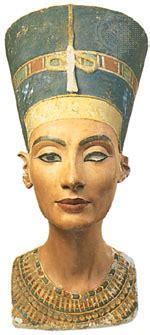 nefertiti biography facts nefertiti biography queen of egypt britannica com