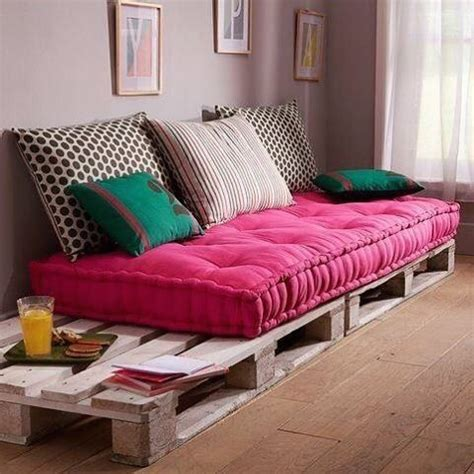 palette sofa 25 best ideas about pallet sofa on pinterest pallet