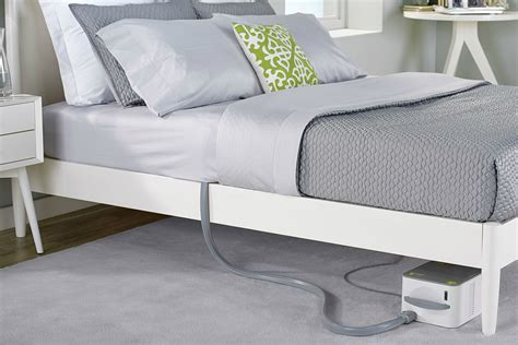 Temperature Changing Mattress by This Mattress Pad Controls Your Temperature Based On Your