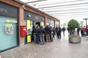 ufficio postale via canova bologna via canova rapina col promemoria quot fare altri colpi quot due