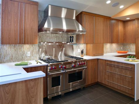 Designed Kitchen Appliances Shaker Kitchen Cabinets Pictures Ideas Tips From Hgtv Kitchen Ideas Design With Cabinets