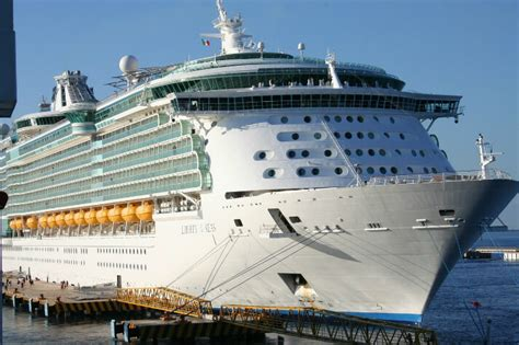 Free Cruise Giveaway - win a royal caribbean free cruise green vacation deals