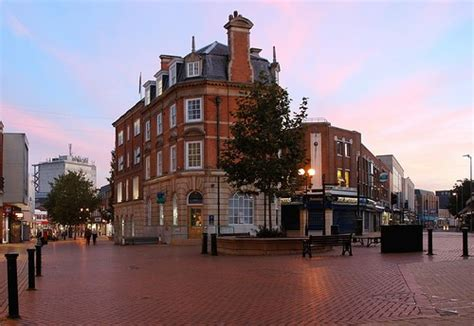 houses to buy in chelmsford sell your house fast in chelmsford free property valuation