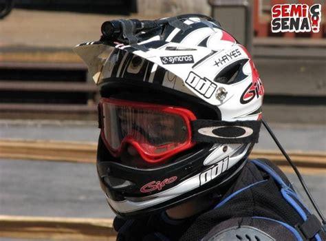 Kamera Helm riset kamera di helm tidak berbahaya semisena