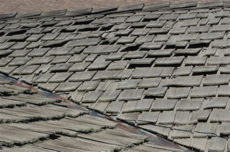 skipping  details wood shake  shingle roofs ncw