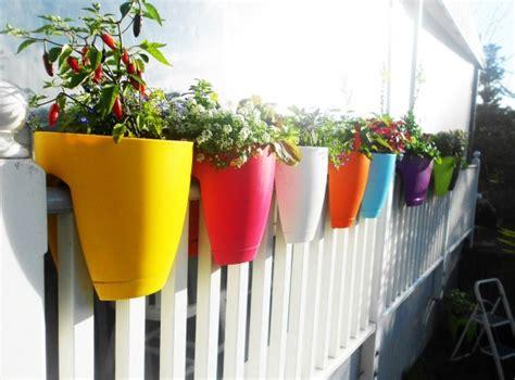 Pot Bunga Plastik Pagar 20 pot bunga unik lucu dan menggemaskan dirumahku