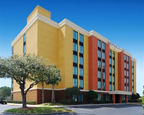 comfort suites in jacksonville fl comfort suites baymeadows near butler blvd jacksonville
