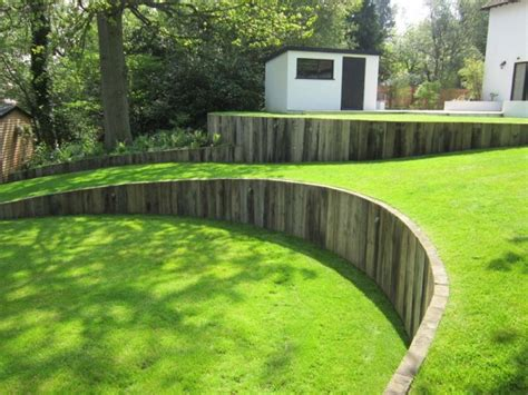 Curved Garden Wall Curved Timber Retaining Wall With Vertical Railway