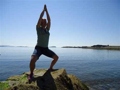 boat pose teaching points yoga poses for managing weight inside out dru yoga