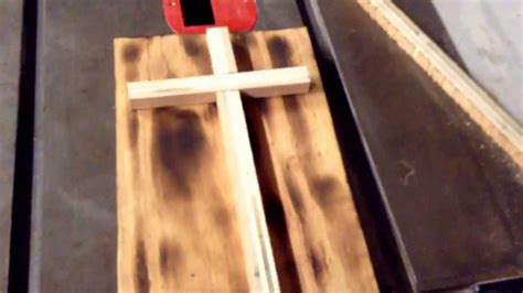 how to make wooden how to make an easy wood cross