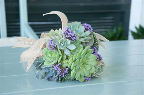 Wedding Bouquet How To by How To Make A Succulent Wedding Bouquet