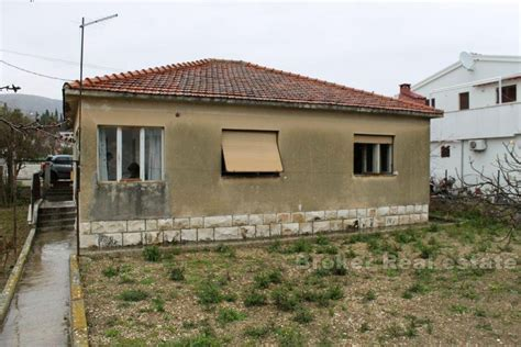 houses need renovation for sale croatia trogir house for renovation for sale