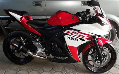 Yamaha R25 Istimewah yamaha r25 jual motor yamaha r25 banyuwangi