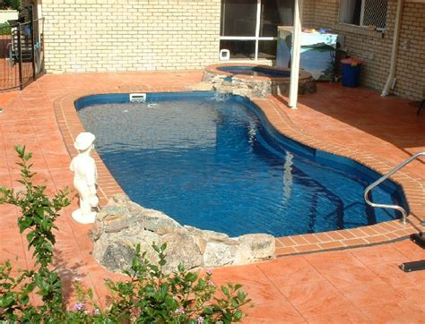 inground pools for small yards inground pools small yards pool design ideas