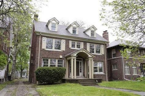 retro kimmer s boston edison homes in detroit up for