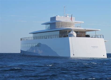 yacht venus motor yacht venus aft view photo by guillaume