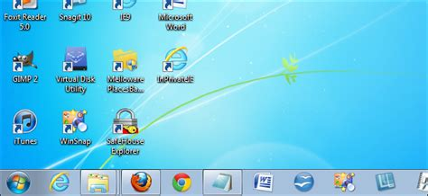 how to make more space available on the windows 7 taskbar