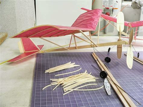 Mainan Dari Karet By Ghani cara membuat pesawat tenaga karet