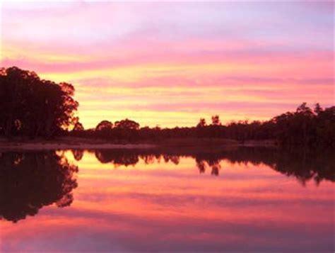 yarrawonga houseboat houseboat sunsets sunset from murray river house boats