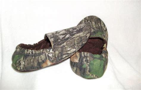camo slipper socks mens womens mossy oak up camo slippers