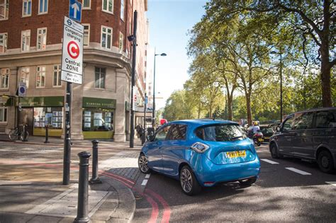 renault christmas renault sosbattery caign to use zoe evs to deliver