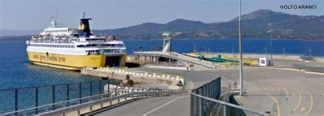 golfo aranci porto ferries et bateaux de et pour le de golfo aranci
