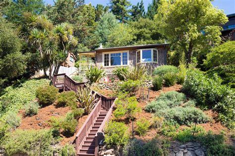 Summer Cottages by Oakland Summer Cottage
