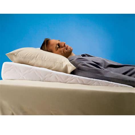 pillow wedge bed bath and beyond the best sleep improving pillow wedge hammacher schlemmer