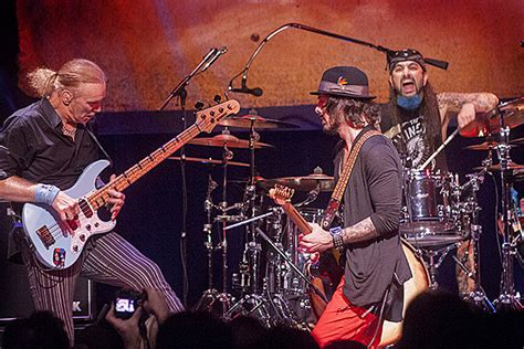 winery dogs the winery dogs elevate fans in connecticut