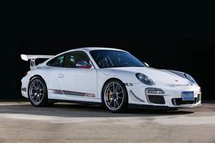 Porsche Gtr 3 Rs Neat Porsche 911 Gt3 Rs 4 0 For Sale In Japan Gtspirit