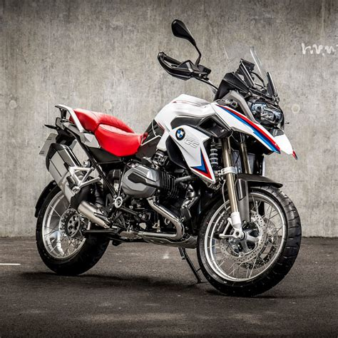 Bmw Motorrad Jobs Uk by Faster And Faster Bmw Motorrad Uk Launches The Iconic