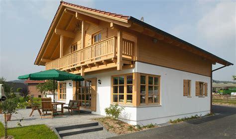 kleines holzhaus bauen kundenhaus gutshof ein landhaus sonnleitner de
