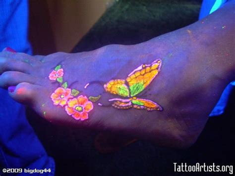 glow in the dark tattoo wings 17 best images about tattoo on pinterest mehendi wings